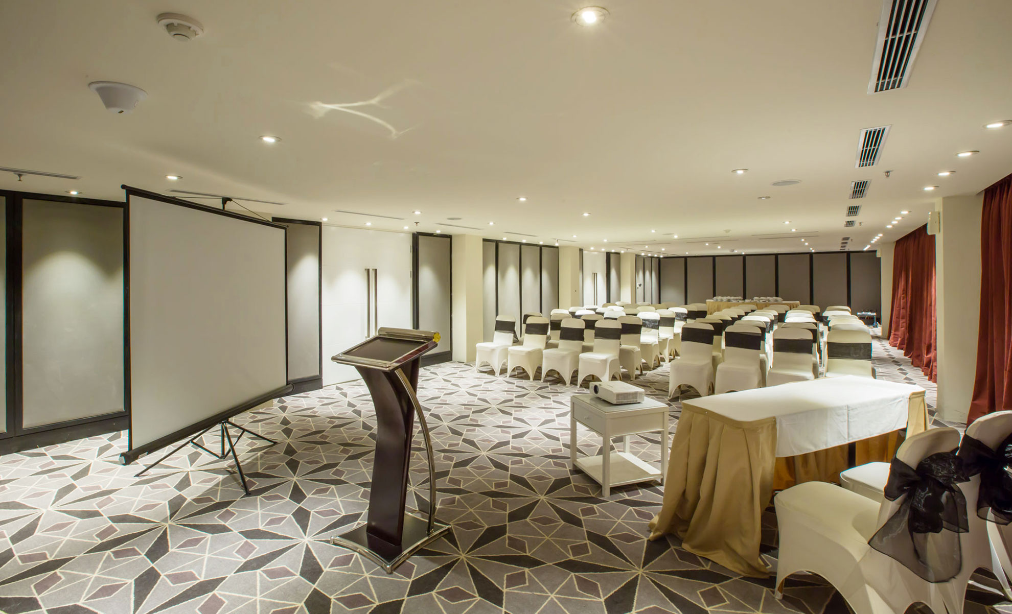 ELITE MEETING ROOMS