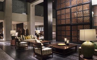 Blackmud Lobby Lounge